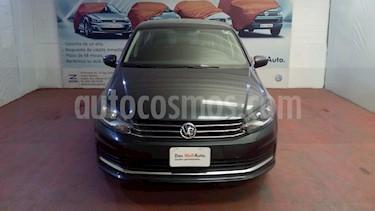 Volkswagen Vento Comfortline Aut usado (2019) color Gris Carbono precio $228,000