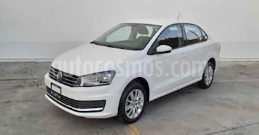 Volkswagen Vento 4p Confortline L4/1.6 Aut usado (2019) color Blanco precio $179,800