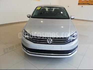 Foto Volkswagen Vento Comfortline usado (2018) color Plata precio $183,000