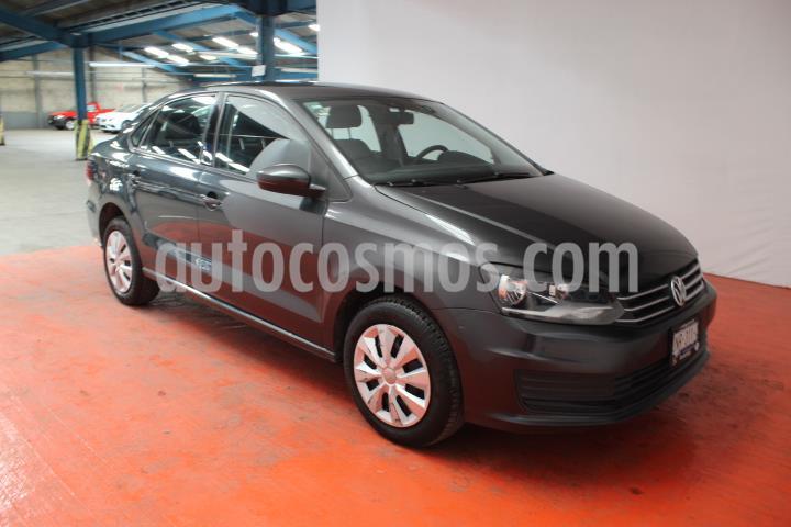 Volkswagen Vento Startline Aut usado (2018) color Gris Carbono precio $157,000