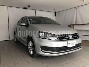 Volkswagen Vento 4p Confortline L4/1.6 Aut usado (2017) color Plata precio $150,000