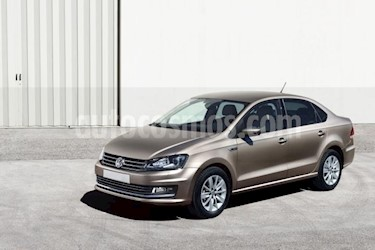 Volkswagen Vento 4P STARLINE AT A/AC. VE R-15 usado (2016) color Plata precio $162,000