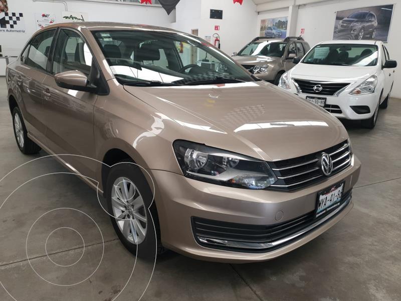 Foto Volkswagen Vento COMFORTLINE TM usado (2017) color Beige precio $179,000