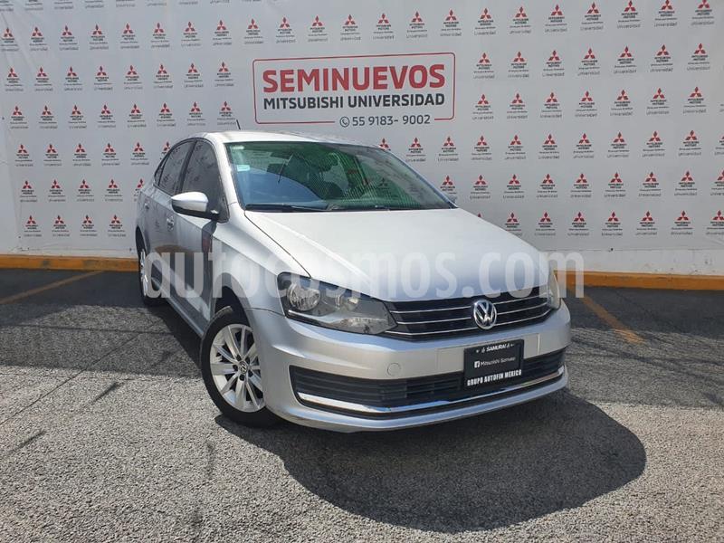 foto Volkswagen Vento Comfortline usado (2017) color Plata Reflex precio $155,000