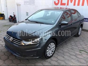Volkswagen Vento 4P STARLINE AT A/AC. MP3 R-15 usado (2018) color Gris precio $165,000