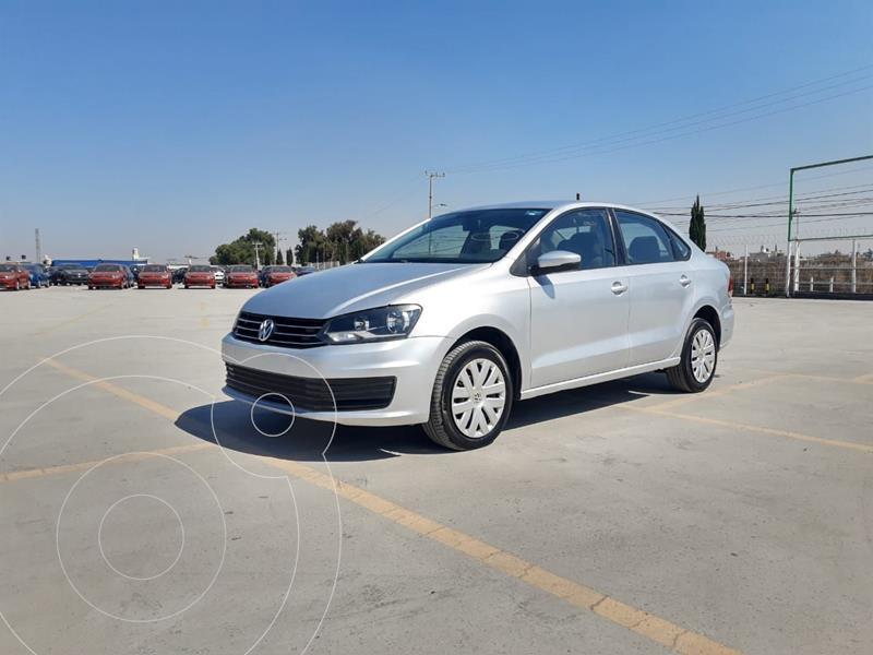 Foto Volkswagen Vento Startline Aut usado (2019) color Plata Dorado precio $178,000