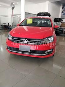 Volkswagen Vento 4p Highline L4/1.6 Man usado (2018) color Rojo precio $214,900