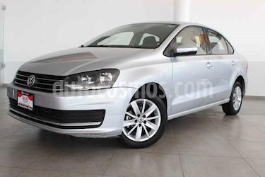 Volkswagen Vento 4p Confortline L4/1.6 Aut usado (2016) color Plata precio $157,000