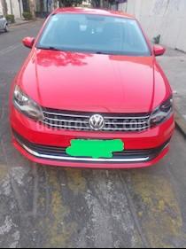 Volkswagen Vento Comfortline usado (2017) color Rojo Flash precio $154,000