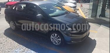Volkswagen Vento Comfortline Aut usado (2017) color Gris Carbono precio $160,000