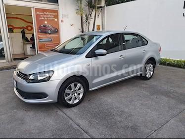 Volkswagen Vento Active Aut usado (2015) color Plata Reflex precio $159,900