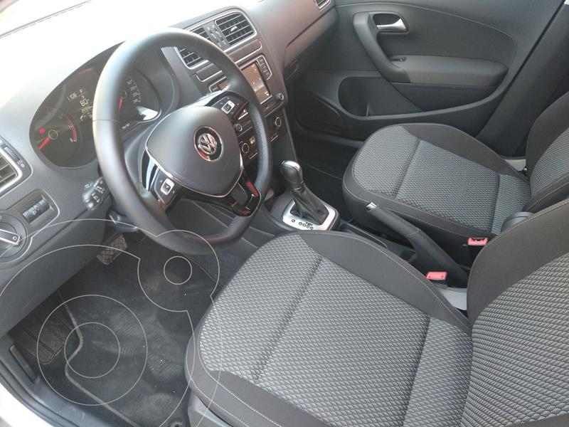 Volkswagen Vento Comfortline Aut usado (2020) color Plata precio $280,000