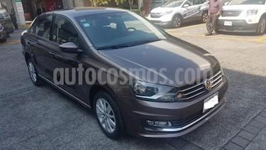 Volkswagen Vento 4P HIGHLINE TM5 CLIMATRONIC VE MP3 RA-15 usado (2017) precio $169,000
