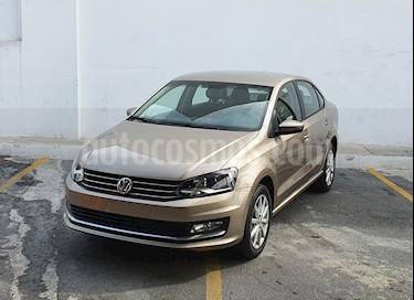 Volkswagen Vento Highline usado (2019) color Beige Metalico precio $230,000