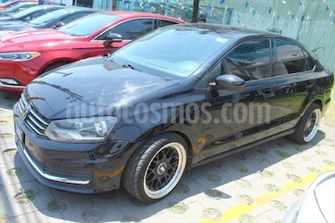 Volkswagen Vento Comfortline usado (2017) color Negro precio $178,000