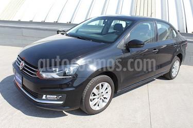 Volkswagen Vento Highline Aut usado (2017) color Negro Profundo precio $189,000