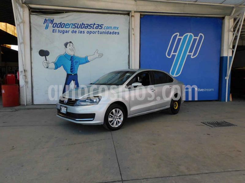 Volkswagen Vento Comfortline usado (2018) color Plata precio $90,000
