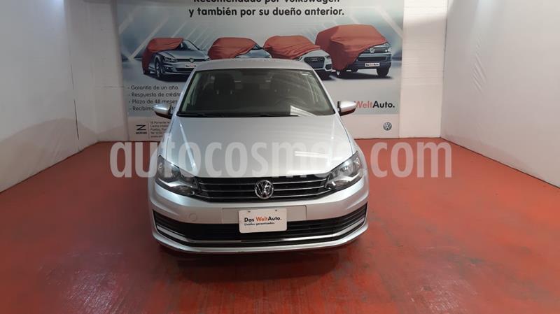Volkswagen Vento Comfortline usado (2020) color Plata Reflex precio $199,000