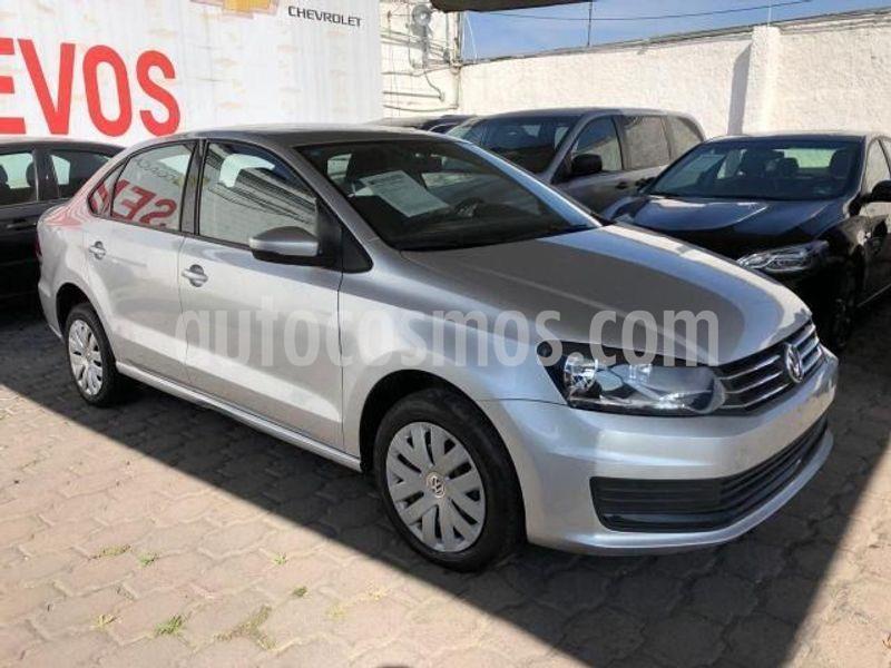Volkswagen Vento Startline Aut usado (2018) color Plata precio $175,000
