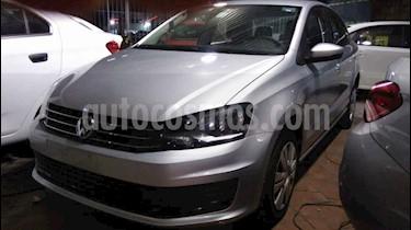 Foto Volkswagen Vento Startline Aut usado (2019) color Plata precio $174,900