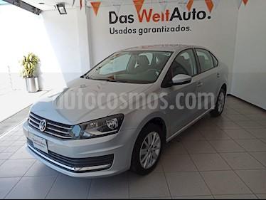Volkswagen Vento Comfortline usado (2019) color Plata Reflex precio $225,000