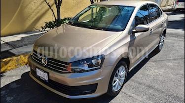 Volkswagen Vento Comfortline Aut usado (2018) color Bronce precio $159,000