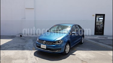 Volkswagen Vento Comfortline usado (2018) color Azul precio $198,000