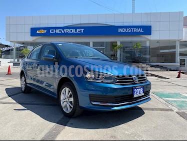 Volkswagen Vento Comfortline usado (2018) color Azul Noche precio $195,000