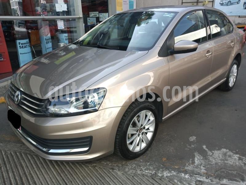 Foto Volkswagen Vento Comfortline usado (2020) color Beige precio $214,000