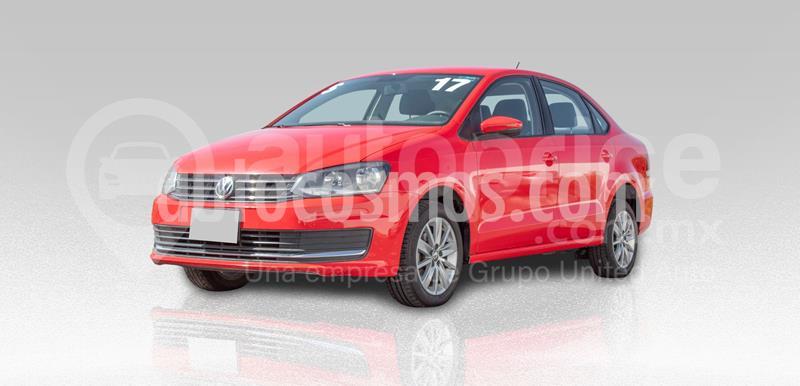 Volkswagen Vento Comfortline usado (2015) color Rojo precio $160,000
