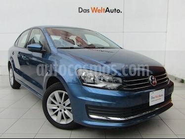 foto Volkswagen Vento Comfortline usado (2019) color Azul precio $213,000