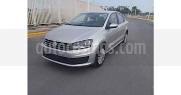 Volkswagen Vento Startline Aut usado (2020) color Plata precio $198,900