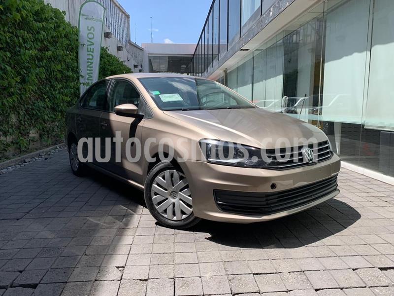 Foto Volkswagen Vento Startline Aut usado (2018) color Dorado precio $155,000
