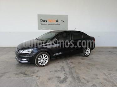 Volkswagen Vento Highline Aut usado (2018) color Negro Profundo precio $230,000