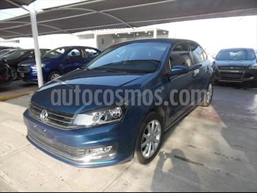 Volkswagen Vento HIGHLINE STD. usado (2018) color Azul Electrico precio $195,000