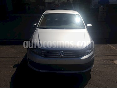 Volkswagen Vento Startline Aut usado (2018) color Plata precio $154,000