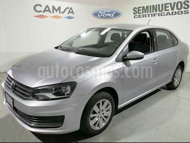 Volkswagen Vento 4p Confortline L4/1.6 Aut usado (2017) color Plata precio $174,900