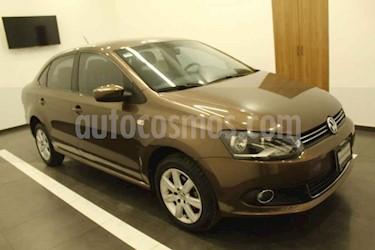 Volkswagen Vento 4p Highline L4/1.6 Aut usado (2015) color Cafe precio $169,000