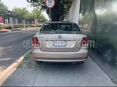 Volkswagen Vento Comfortline Aut usado (2016) color Beige Metalico precio $130,000