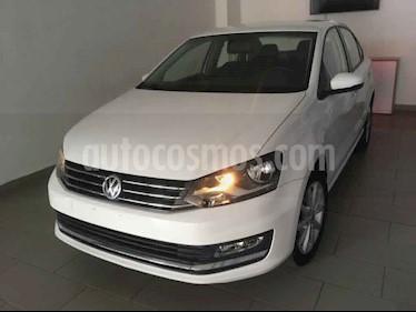 Volkswagen Vento 4p Highline L4/1.6 Aut usado (2019) color Blanco precio $230,000