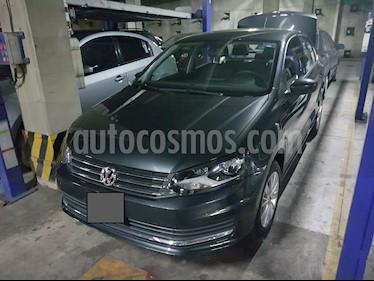 Volkswagen Vento Comfortline usado (2017) color Gris Carbono precio $155,000