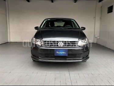 Volkswagen Vento Comfortline Aut usado (2018) color Gris Carbono precio $198,000
