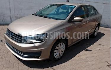 Volkswagen Vento 4P STARLINE TM5 A/AC. VE R-15 usado (2016) precio $145,000