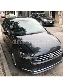 Volkswagen Vento Comfortline usado (2018) color Gris Carbono precio $185,000