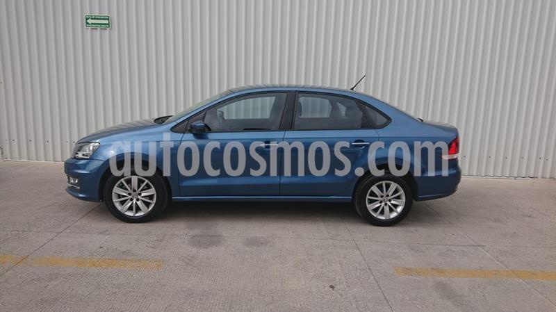 Volkswagen Vento Highline Aut usado (2017) color Azul Acero precio $169,000