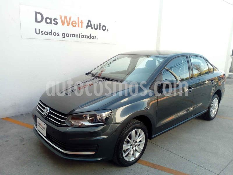 Volkswagen Vento Comfortline usado (2020) color Gris precio $220,000