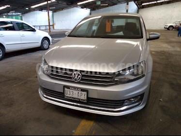 Volkswagen Vento 4p Highline L4/1.6 Man usado (2018) color Plata precio $195,000