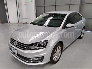 Volkswagen Vento 4P HIGHLINE L4/1.6 MAN usado (2018) color Plata precio $215,000