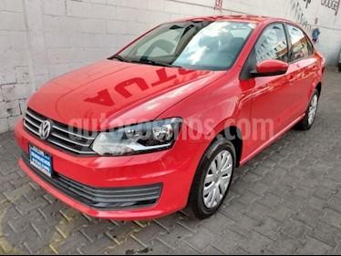 Volkswagen Vento 4P STARLINE TM5 A/AC. VE R-15 usado (2016) color Rojo precio $145,000