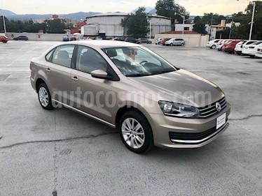 Volkswagen Vento Comfortline usado (2019) color Beige Metalico precio $215,000